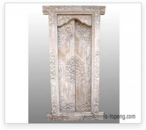 Balinese-Door-flower-carving-standard-300x268